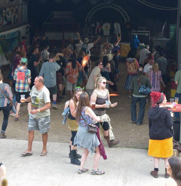 Jus' warmin' up   Carnival in the Barn 2021